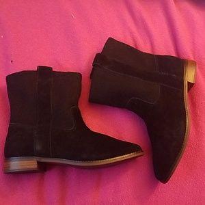 Toms Laurel black suede boots